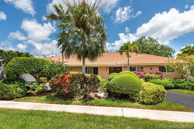 7421 SW 5th St, Plantation, FL 33317 (MLS #A11058197) :: United Realty Group