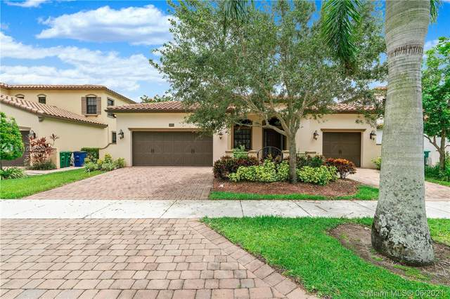 3695 NW 87th Ave, Cooper City, FL 33024 (MLS #A11058208) :: United Realty Group