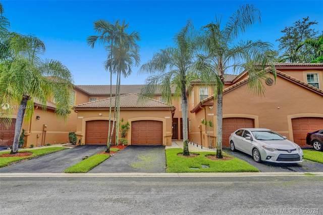 1530 Coronado Rd, Weston, FL 33327 (MLS #A11058445) :: Green Realty Properties