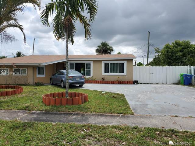 1501 NW 62nd Ter, Sunrise, FL 33313 (MLS #A11058458) :: The Riley Smith Group