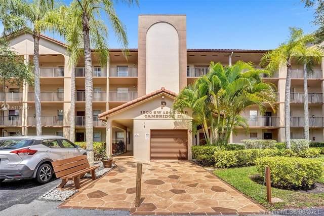 1300 SW 124th Ter 104P, Pembroke Pines, FL 33027 (MLS #A11058471) :: Search Broward Real Estate Team