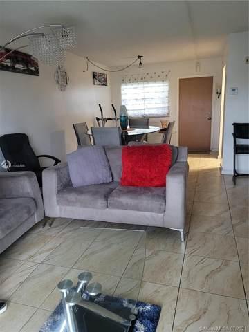 4191 NW 26th St #371, Lauderhill, FL 33313 (MLS #A11058486) :: Carole Smith Real Estate Team