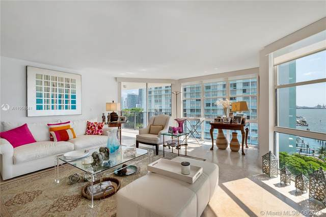 1865 Brickell Ave A908, Miami, FL 33129 (MLS #A11058541) :: The Howland Group