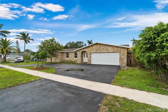 11440 NW 29th St, Sunrise, FL 33323 (MLS #A11058551) :: Search Broward Real Estate Team