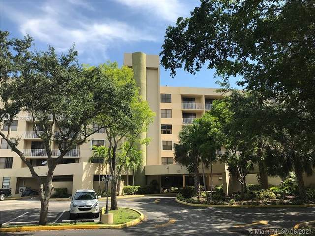 901 Hillcrest Dr #112, Hollywood, FL 33021 (MLS #A11058625) :: Re/Max PowerPro Realty