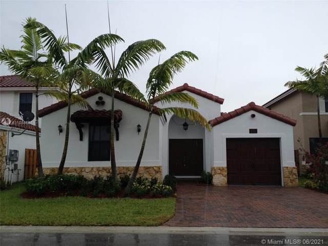 850 NW 99th Ave, Doral, FL 33172 (MLS #A11058687) :: Rivas Vargas Group