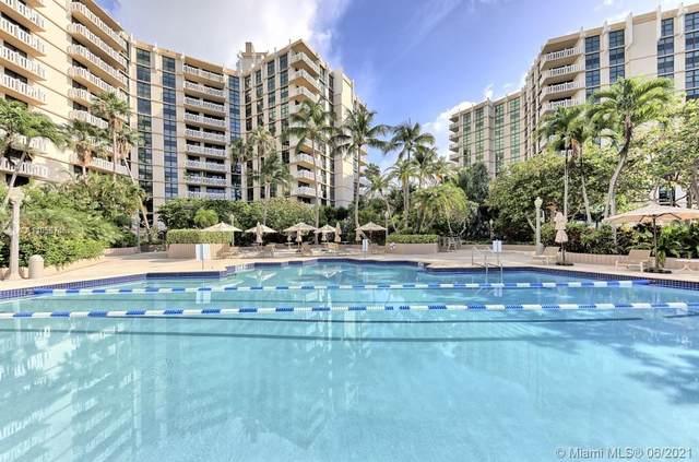 1121 Crandon Blvd D402, Key Biscayne, FL 33149 (MLS #A11058746) :: Douglas Elliman