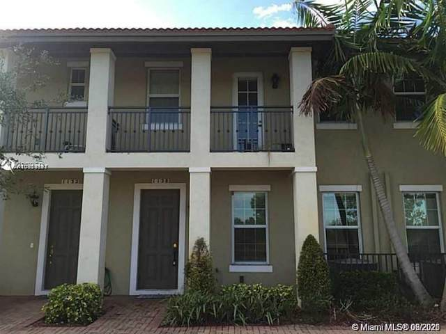 1128 SW 146th Ter #0, Pembroke Pines, FL 33027 (MLS #A11058831) :: United Realty Group