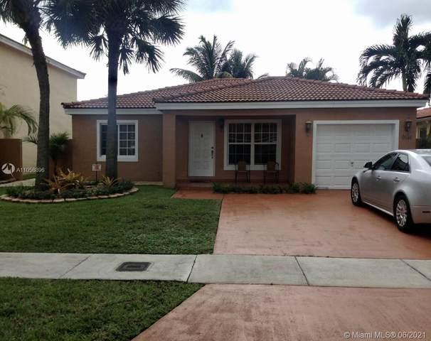 9114 NW 193rd St, Hialeah, FL 33018 (MLS #A11058896) :: Rivas Vargas Group