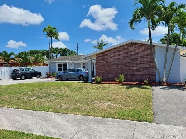 12300 SW 40th St, Miami, FL 33175 (MLS #A11058942) :: Prestige Realty Group