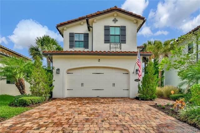 11403 SW 12th St, Pembroke Pines, FL 33025 (MLS #A11058980) :: Green Realty Properties
