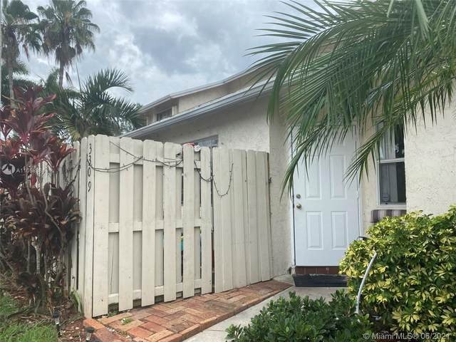 3309 NW 101 St Ave, Sunrise, FL 33351 (MLS #A11058984) :: Search Broward Real Estate Team
