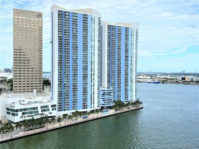 335 S Biscayne Blvd #4000, Miami, FL 33131 (MLS #A11058996) :: Douglas Elliman
