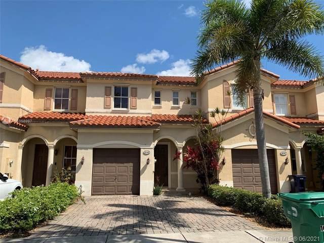 Miami, FL 33179 :: Douglas Elliman