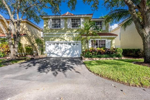 837 Garnet Cir, Weston, FL 33326 (MLS #A11059085) :: Equity Advisor Team