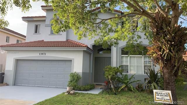 13471 SW 260 LN, Miami, FL 33032 (MLS #A11059211) :: Equity Advisor Team