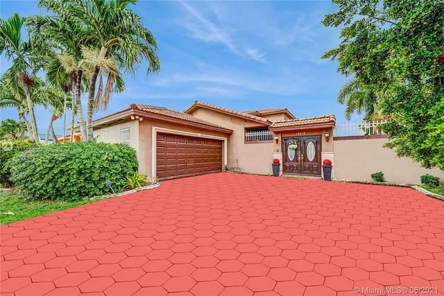 14820 NW 87th Ct, Miami Lakes, FL 33018 (MLS #A11059237) :: Rivas Vargas Group