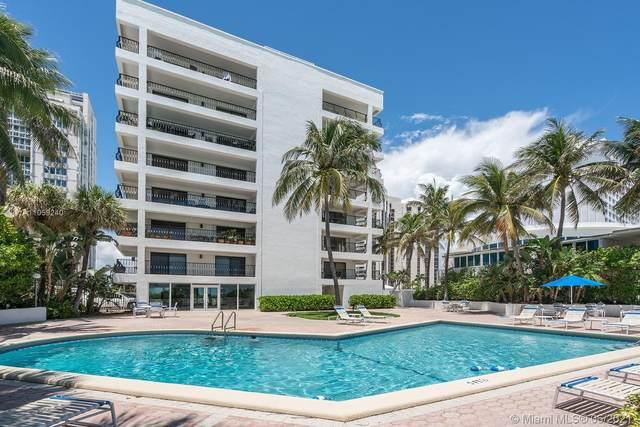 5415 Collins Ave 705-605, Miami Beach, FL 33140 (#A11059240) :: Dalton Wade