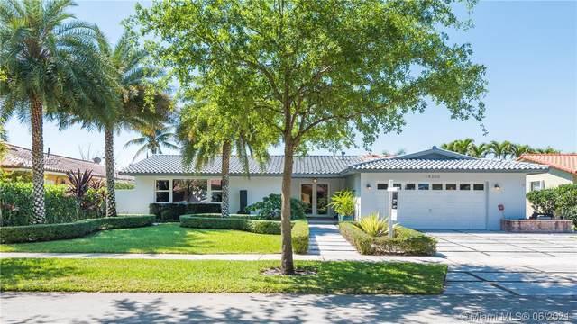 14300 Cypress Ct, Miami Lakes, FL 33014 (MLS #A11059250) :: Prestige Realty Group