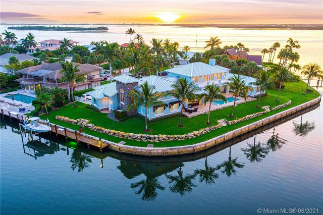 25 Island Rd, Sewalls Point, FL 34996 (MLS #A11059278) :: The Pearl Realty Group