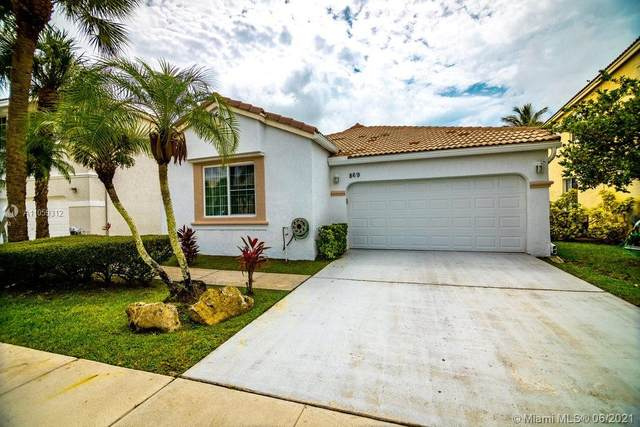 869 NW 156th Ave, Pembroke Pines, FL 33028 (MLS #A11059312) :: Search Broward Real Estate Team
