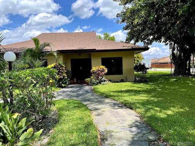 7531 SW 28th St #15, Davie, FL 33314 (MLS #A11059406) :: Green Realty Properties