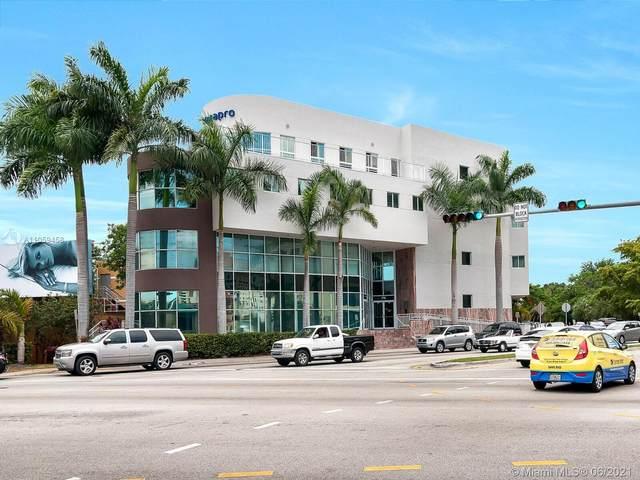 770 Ponce De Leon Blvd #301, Coral Gables, FL 33134 (MLS #A11059458) :: Carlos + Ellen