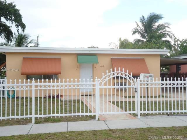 1350 NE 153rd St, North Miami Beach, FL 33162 (MLS #A11059550) :: Natalia Pyrig Elite Team | Charles Rutenberg Realty