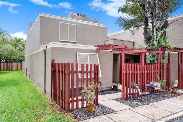 1651 Pinetree Ln, Pembroke Pines, FL 33026 (MLS #A11059590) :: Green Realty Properties