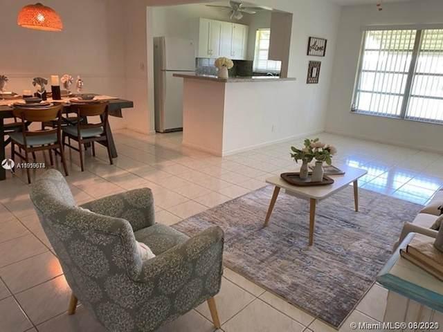 3220 Park Ln C, Boynton Beach, FL 33435 (MLS #A11059614) :: Green Realty Properties