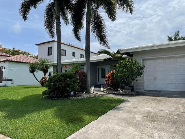 207 NE 3rd Ave, Dania Beach, FL 33004 (MLS #A11059618) :: Natalia Pyrig Elite Team | Charles Rutenberg Realty