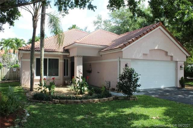 9133 Greenbrier Ct, Davie, FL 33328 (MLS #A11059676) :: Green Realty Properties