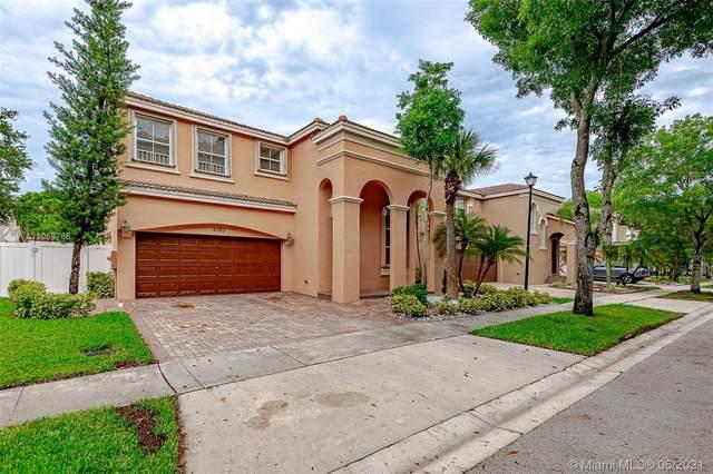 5387 SW 155th Way, Miramar, FL 33027 (MLS #A11059768) :: All Florida Home Team