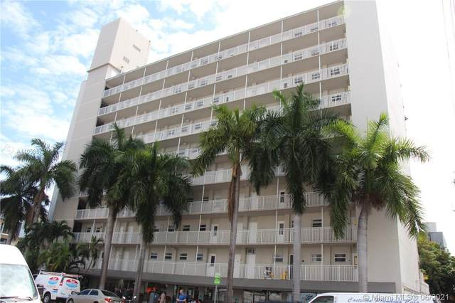 1300 Lincoln Rd C203, Miami Beach, FL 33139 (MLS #A11059872) :: The Paiz Group