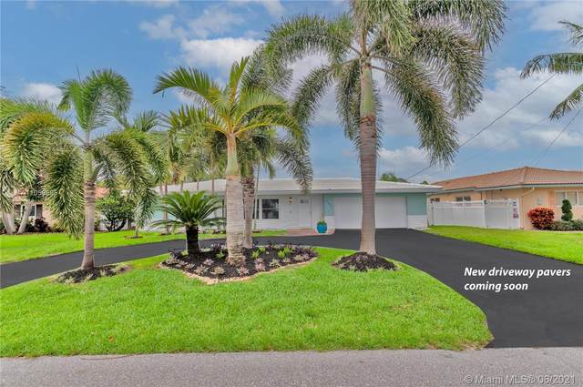 2642 NE 5th St, Pompano Beach, FL 33062 (MLS #A11059895) :: Re/Max PowerPro Realty