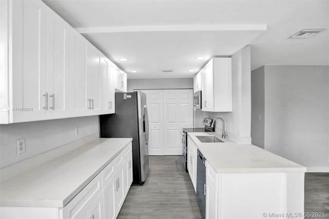 6035 Winfield Blvd, Margate, FL 33063 (MLS #A11059993) :: Prestige Realty Group