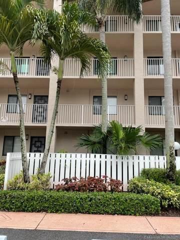 Delray Beach, FL 33484 :: Carole Smith Real Estate Team