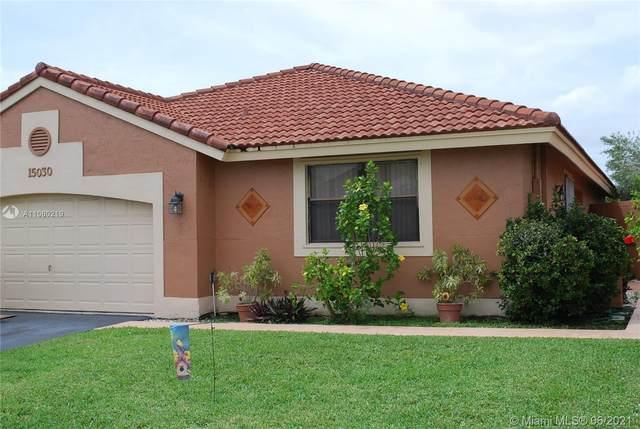 15030 Bristol Ln, Davie, FL 33331 (MLS #A11060219) :: Green Realty Properties