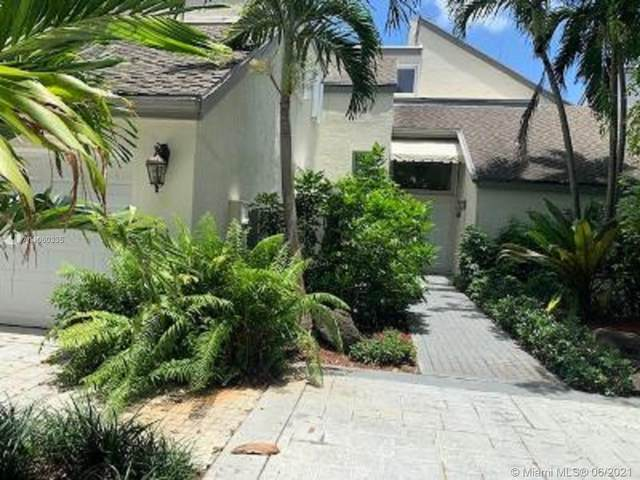 20271 W Oak Haven Cir, Miami, FL 33179 (MLS #A11060335) :: Team Citron