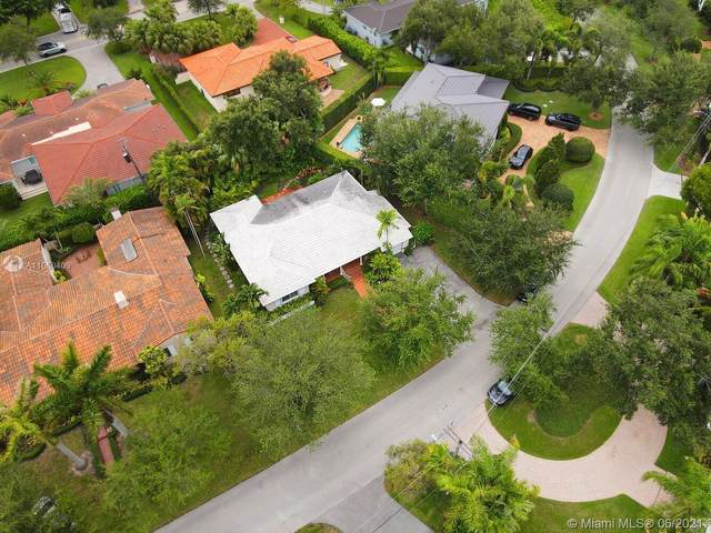 4724 Orduna Dr, Coral Gables, FL 33146 (MLS #A11060409) :: Prestige Realty Group