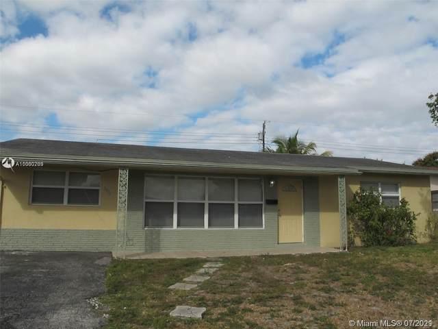5979 NW 15th St, Sunrise, FL 33313 (MLS #A11060769) :: Team Citron