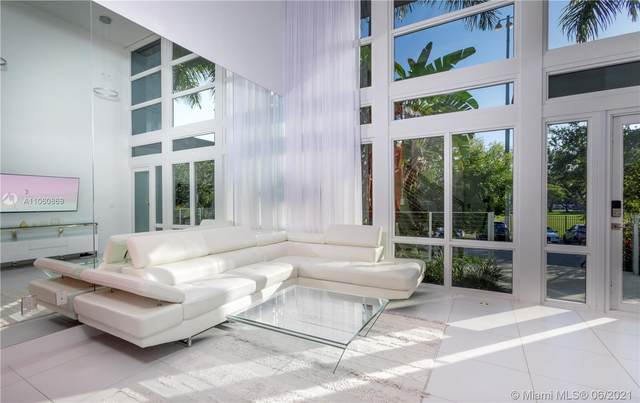 105 N Shore Dr, Miami Beach, FL 33141 (MLS #A11060869) :: ONE Sotheby's International Realty