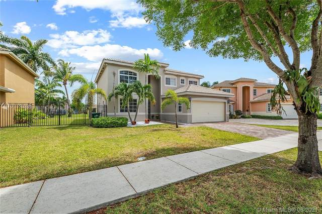 8973 SW 210th Ter, Cutler Bay, FL 33189 (MLS #A11060898) :: ONE Sotheby's International Realty