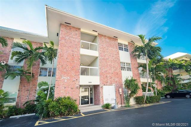 2424 SE 17th St B302, Fort Lauderdale, FL 33316 (MLS #A11060922) :: The Howland Group
