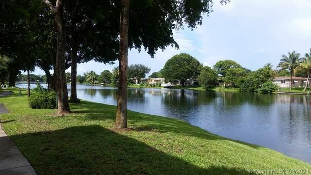 1701 NW 96th Ter 1D, Pembroke Pines, FL 33024 (#A11061547) :: Dalton Wade