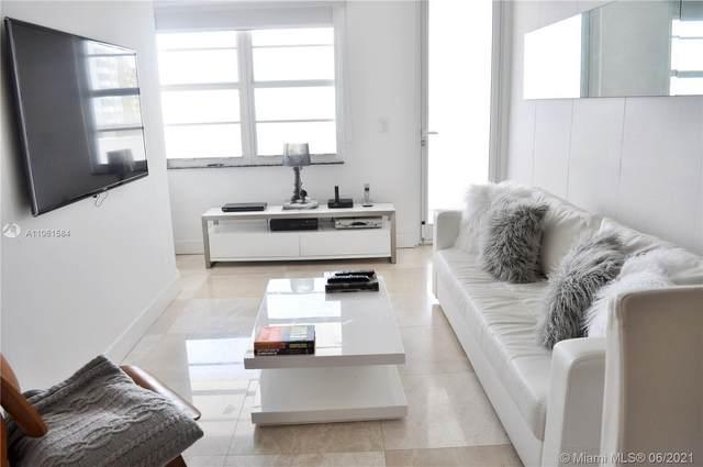 100 Lincoln Rd #1046, Miami Beach, FL 33139 (MLS #A11061584) :: Castelli Real Estate Services
