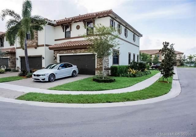 9571 S Town Parc Cir S, Parkland, FL 33076 (MLS #A11061665) :: The Riley Smith Group