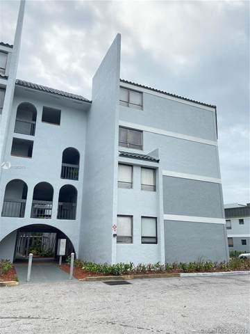2000 N Congress Ave #104, West Palm Beach, FL 33409 (#A11062013) :: Dalton Wade