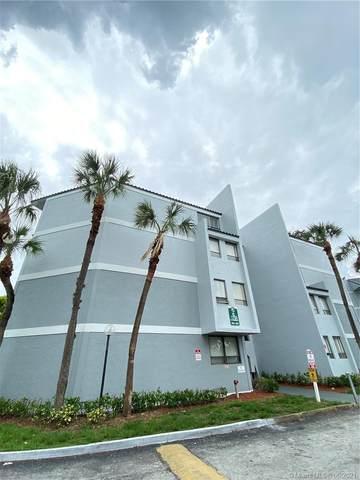 1750 N Congress Ave #411, West Palm Beach, FL 33401 (#A11062026) :: Dalton Wade