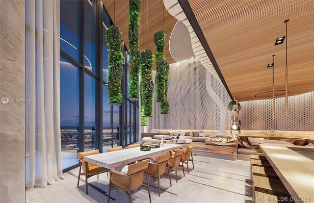 1000 Brickell Plz Uph6201, Miami, FL 33131 (MLS #A11062039) :: Green Realty Properties